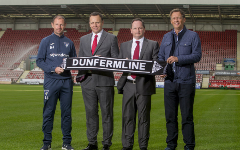 Dunfermline Athletic team up with Thorntons' for social partnership