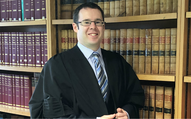 Solicitor Mike Kemp | To Wear A Gown Or Not To Wear A Gown?